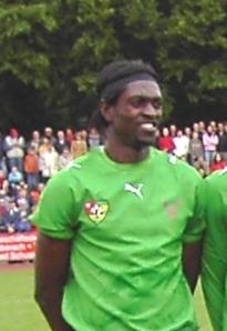 Adebayor en un partido de su selección.